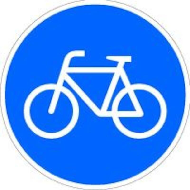 Verkehrszeichen 138-10 Dreieck 900mm Radfahrer kreuzen rechts